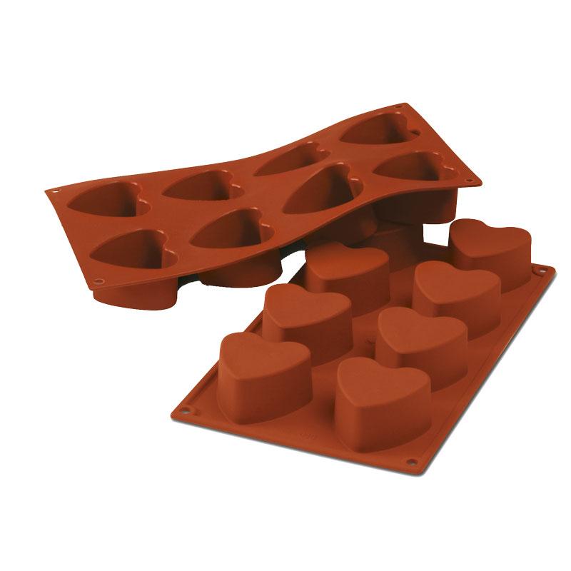 8 CORAZONES 6 CM SILICONA